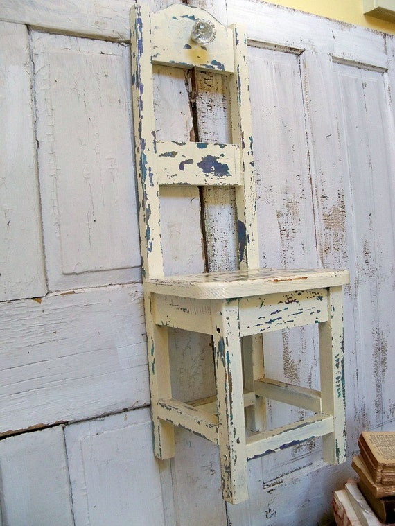 Shabby French Country Shelf With Crystal Door By