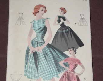 Vintage 1953 Butterick 7636 BOUFFANT DRESS Sewing Pattern Size 12/30 Quick & Easy