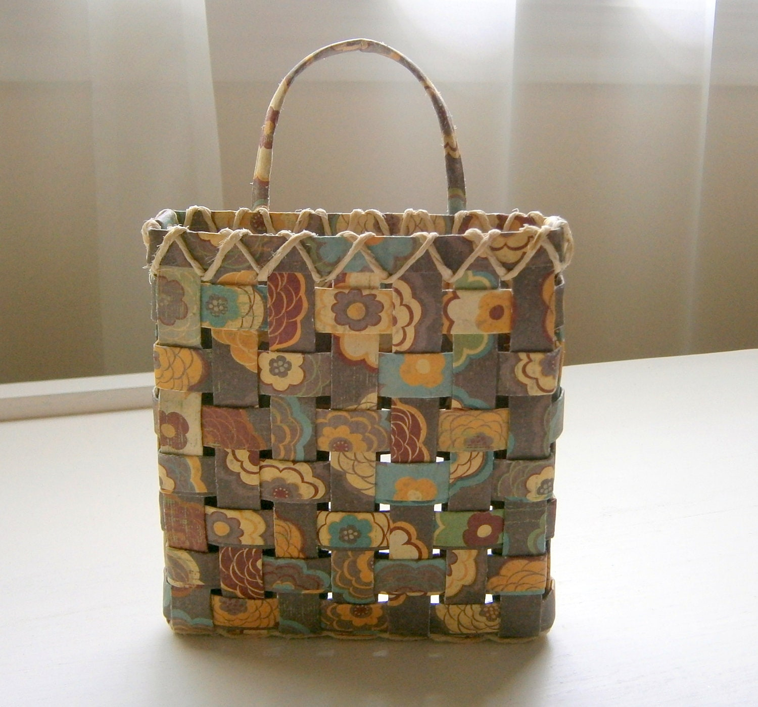 Woven paper basket brown floral pattern handmade for Paper basket weaving template