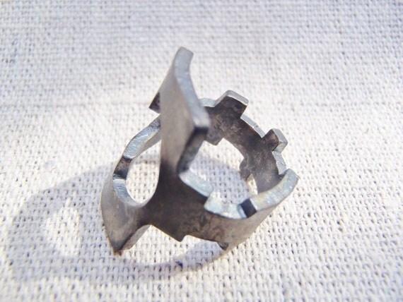 Antique Key Ring - Mushroom Boat - Size 4 - Jewelry - Fashion - Skeleton Key - Repurposed
