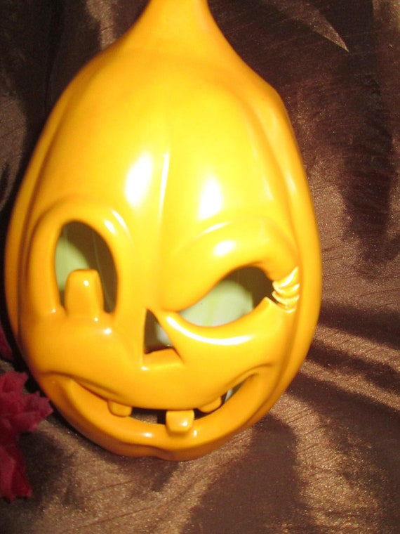Vintage Ceramic Jack O' Lantern pumpkin - Handpainted and Fired
