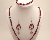 Beaded Jewelry Set, Turtles, Red and Green