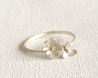 Daisy Wildflower Skinny Stacking Ring in Sterling Silver