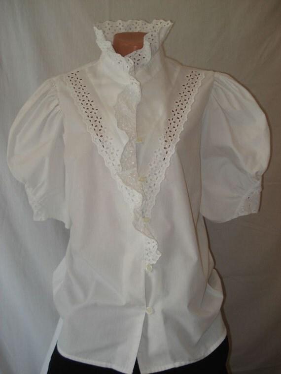 WHITE COTTON BLOUSE Romantic Elegant Lace Blouse Victorian Blouse Vintage White BlouseTrachten German Austria folk Elegant Mother's Day Gift