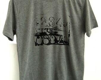 SALE Numbers Mens grey printed short sleeve T shirt
