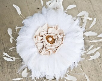Feather Wedding bouquet - Wedding bouquets,White / Ivory Peacock Feathered Bouquet, Elegant Fabric Flower, Brooch, Bridal Parties
