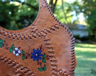 Super Cute VINTAGE Faux LEATHER Bohemian Hippie PURSE with Colorful Flowers and a Bird