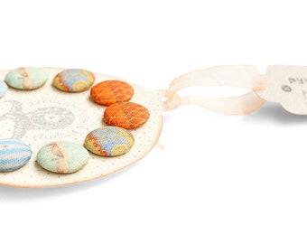 Fabric covered buttons handmade little retro Baloons buttons round colorful fun stylish