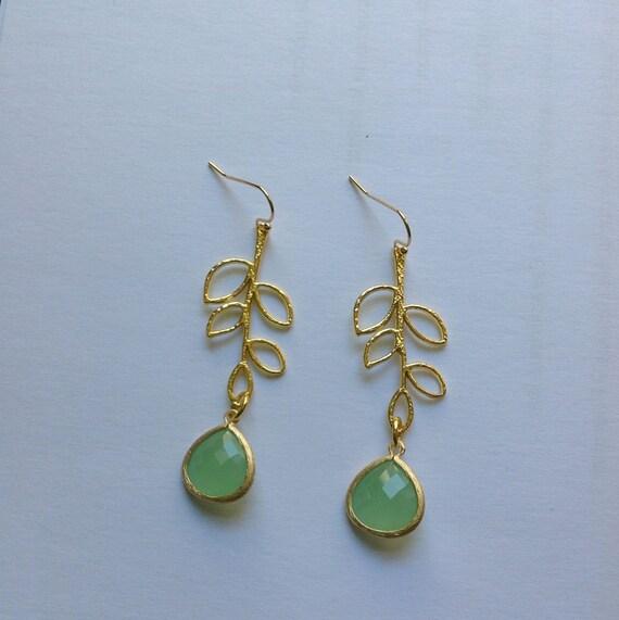 Pendientes de colgar con cristal verde opalo y colgante de - Para colgar pendientes ...