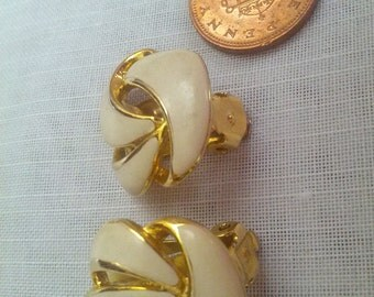 Gold Tone and White Enamel Swirl Retro Clip On Earrings