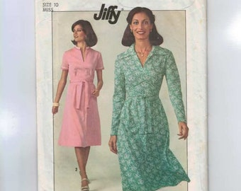 1970s Vintage Sewing Pattern Simplicity 7960 Easy Jiffy Dress Size 10 Bust 32 1977 70s B32  99