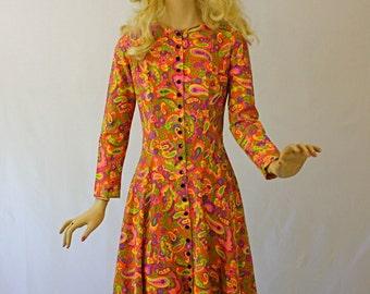Vintage 60s Midi Dress Paisley Cotton Print Deep Ruffle Skirt