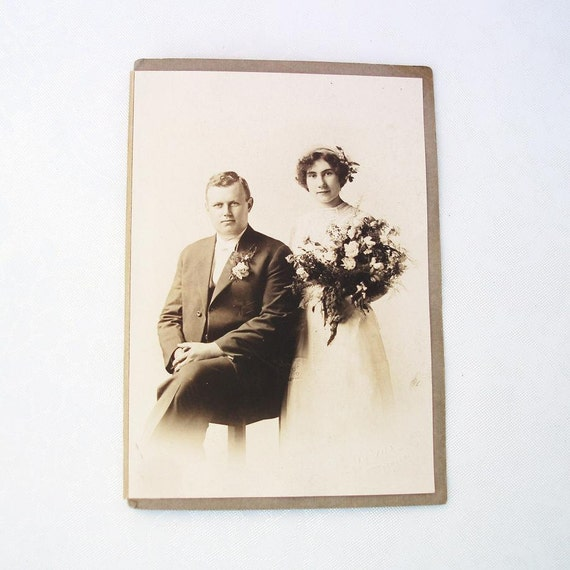 Antique Wedding Photo Bride and Groom Antique Photography Flapper Style Photo Prop