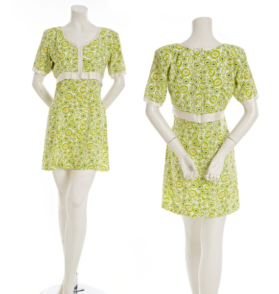 60s mod go-go dress -- vintage lime green and cream minidress -- retro mod dress -- 60s mini empire waist -- flower power -- size small