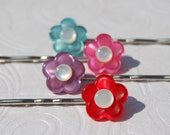 Flower Button Bobby Pins, Pink Red Aqua Purple with Pearl Center, Button Flower Bobby Pin Set Rainbow Flower Bobby Pins (Item 1257)