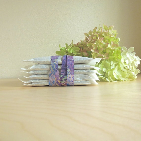 Lavender Lemonade Organic Herbal Iced Tea Blend,  Makes 6 Pitchers