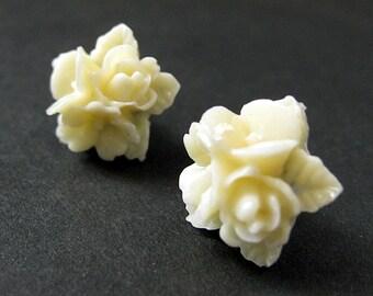 Ivory Flower Cluster Earrings. Ivory Flower Earrings. Bronze Post Earrings. Stud Earrings. Flower Jewelry. Handmade Jewelry.