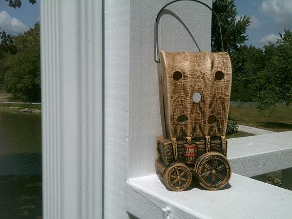 Covered Wagon Lantern, Vintage Home and Travel Trailer Decor, Camping Decor, Patio Picnic Decor