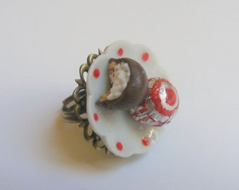 Food Jewelry Teacakes Ring, Tea Cakes Ring,  Miniature Food Jewelry, Mini Food Jewellery, Handmade Jewelry, Doll House Food, Kitsch Jewelry