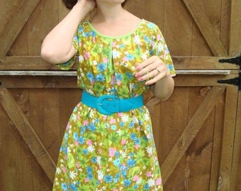 Sale ~ 1960s Flower Moo Moo/Dress