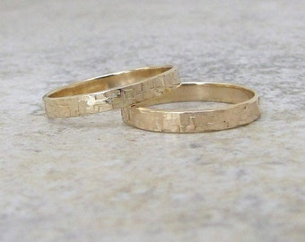 Gold Wedding Bands Wedding Ring Hammered Gold Rings 14k Engraved Custom Personalized Gold Ring Set Rustic Wedding Bands Unique Wedding Rings