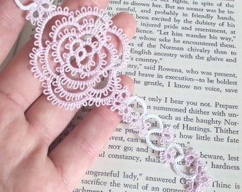 CLEARANCE Pale Lilac Rose Bookmark in Tatting - Rosa Version 1
