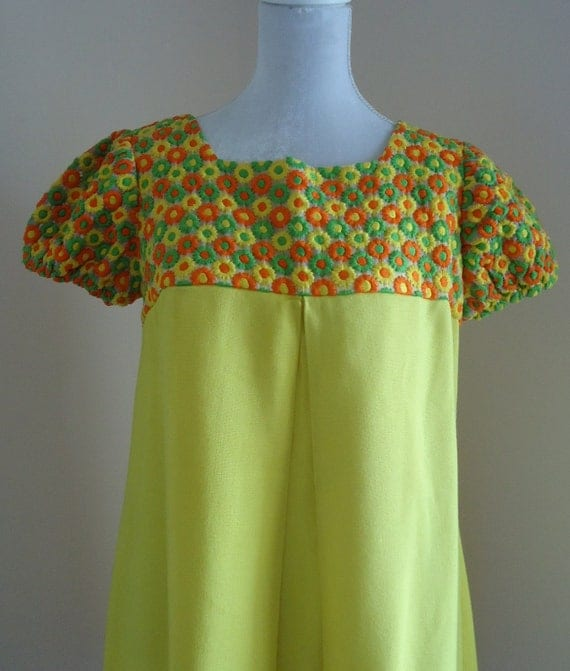 Vintage 1960s Yellow Summer Dress