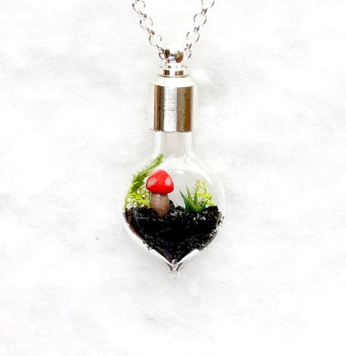 terrarium jewelry terrarium necklace botanical necklace