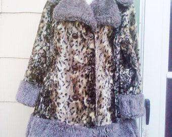 Vintage 1960s Faux Cheetah Leopard Velvet Coat Medium Large Rockabilly Mod Hippie Boho