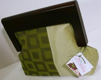 Green Evening Clutch Bag, Handmade Unique Clutch Bag, Wooden Frame Clutch Bag, Girls Night Out Clutch, Clutch Purse - Stella Clutch