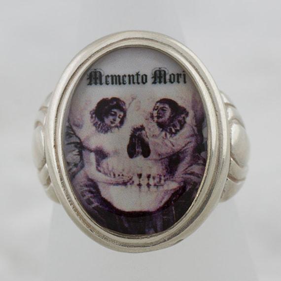 Lamour De Pierrot Gothic Memento Mori sterling silver ring (Sizes 5-10 w/ half sizes)