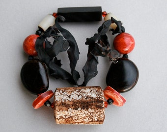 beaded stretch bracelet with natural nuts and coral - african style - ethnic jewelry statement