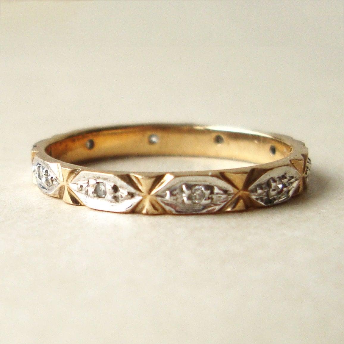 vintage diamond eternity ring diamond engagement ring retro. Black Bedroom Furniture Sets. Home Design Ideas