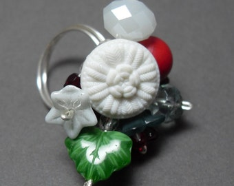 The Holly and the Ivy Vintage Button Ring Christmas Red White and Green