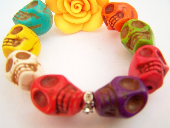 Colorful Skull Stretch Bracelet - Chunky Day of the Dead Bracelet - Stone Skulls & Clay Flower - Marigold - Rainbow Skulls