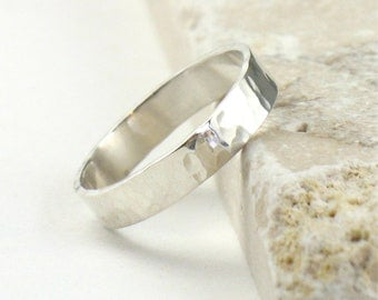 Hammered Silver Band Ring