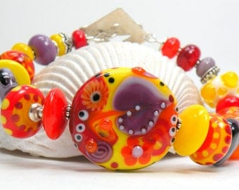 THAT's SO JUDY Handmade Lampwork Bead Bracelet