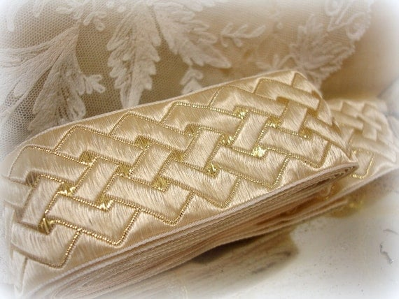 "vintage metallic trim . 1 3/8"" wide ivory with gold metallic thread . basketweave design . woven edges . just shy 3 yards"
