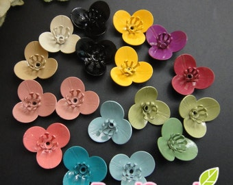 CH-ME-01576S - Color enameled, 3-petal flower charm sampler, 24 pcs