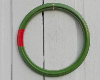 Modern Christmas Wreath Minimalist Style Simple Painted Vintage Wooden Frame Stark Design Minimalism Dada
