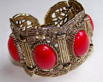 SJK Vintage -- Filigree Gold and Red Panel Links Bracelet with Thermoset or Lucite Cabochons (1950's-60's)
