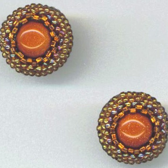 Beadwoven Goldstone Earrings . Beaded Post Earrings . Goldstone Cabochon . Seedbead Lace Beadwork- Golden Gemstone by enchantedbeads on Etsy