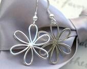 Daisy earrings in Sterling Silver Larger version