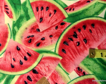 One Fat Quarter Cut Quilt Fabric, Red Ripe Juicy Watermelon Slices on White from Timeless Treasures, Sewing-Quilting-Craft Supplies