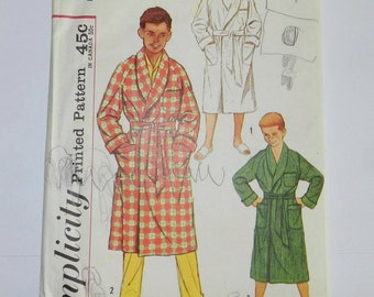 Vintage 1940s 1950s no date Simplicity Pattern 2313 boys size 12 Chest 30 Robe
