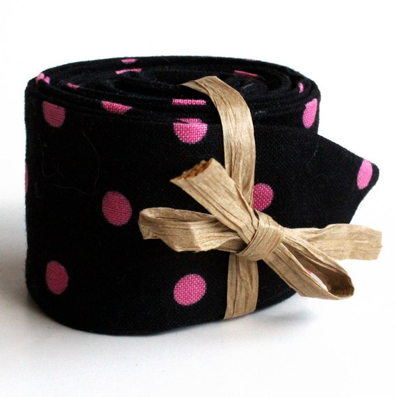 Cool Tie Polymer Filled Neck Cooler Cooling Neck Wrap Black With Pink Dots Necktie Womens Stocking Stuffer Cooling Neck Scarf