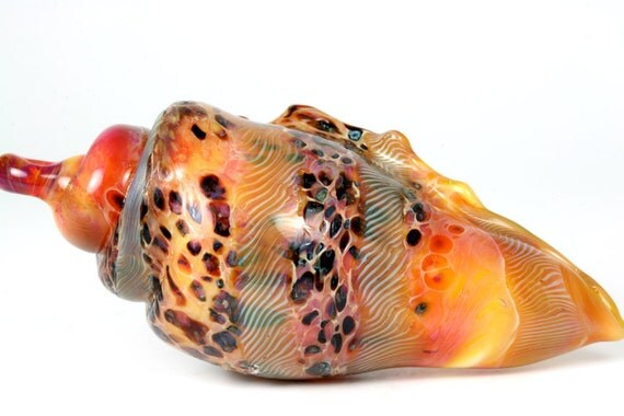 "Lampwork blown glass borosilicate seashell pendant bead handmade by Lori Lochner ""Deep coral speckled conch shell"""