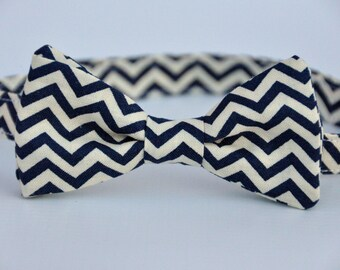 Boy's Bow Tie Navy Blue and Cream Chevron Bowtie