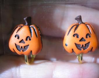 "Puffy Pumpkin Face - Earring - Clip or Pierced - 1/2"""