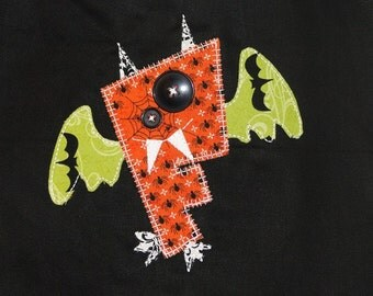 Personalized Halloween Bag with Goofy Bat Made From First Initial for Boys and Girls, Trick or Treat Bag, Halloween Party, Halloween Gift